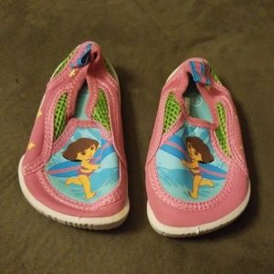 Dora water shoes